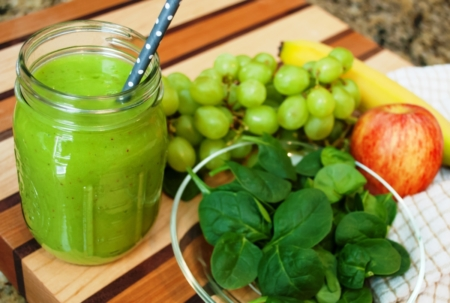 Delicious Grape Green Smoothie