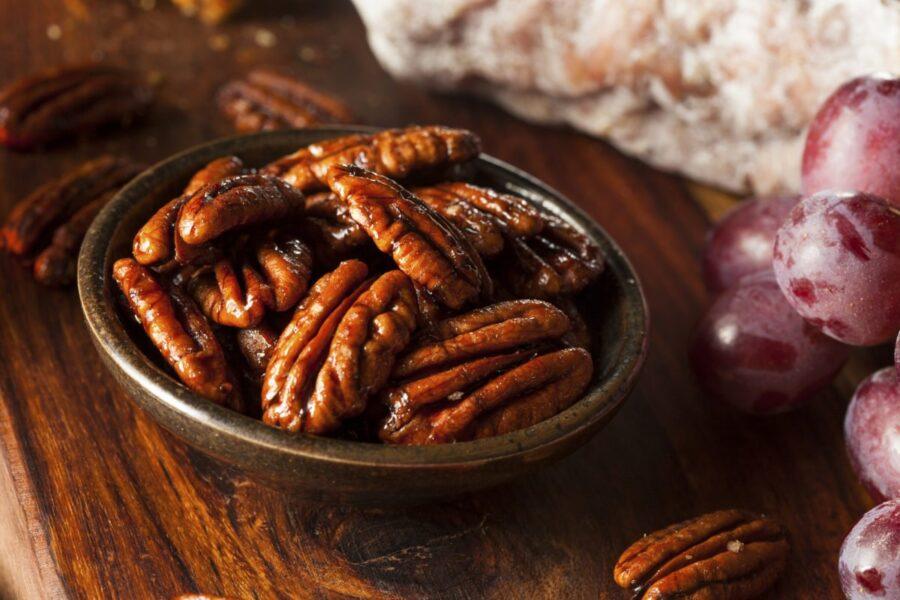 Yummy Homemade Maple Glazed Pecans