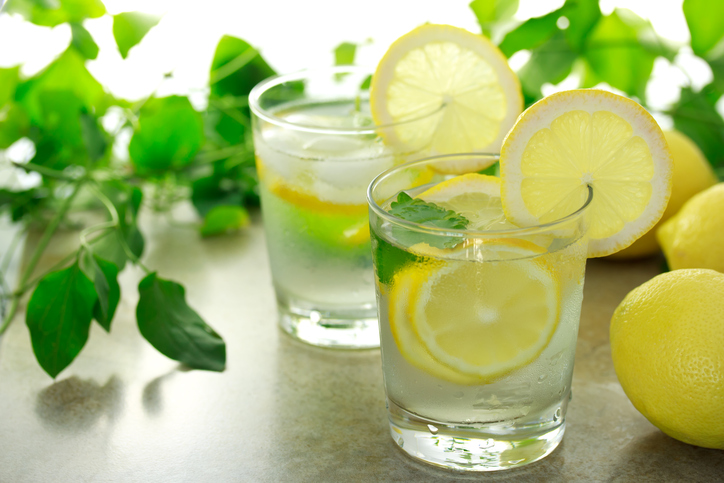 Health Benefits of Lemons, the Alkaline Superfood