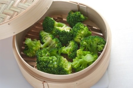 steamed brocoli