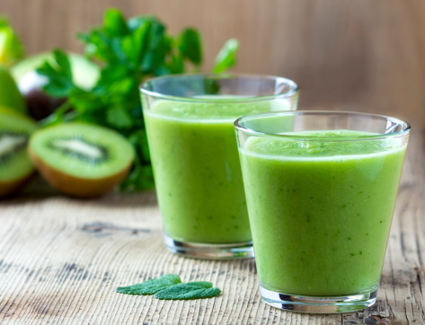 Super Green Kiwi Smoothie – Highly Alkaline