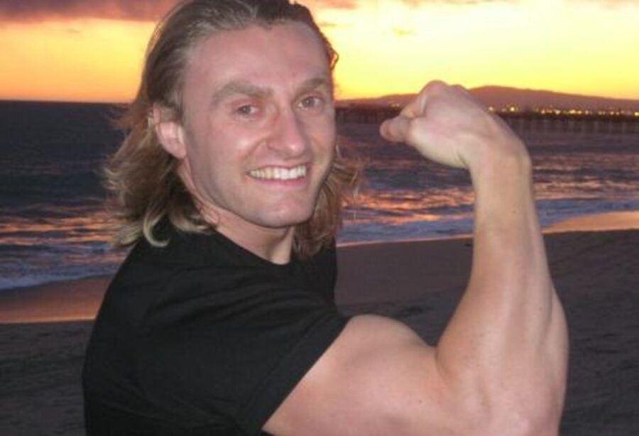 Photo of Robert Cheeke – Vegan Bodybuilder
