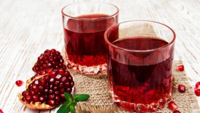 Photo of Pomegranate Juice Made in a Blender Is Easy