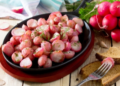 Braised Radishes with Dill